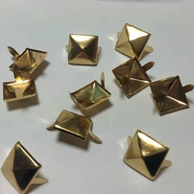 ШИПОВЕ 4 х 15 Gold-50 бр
