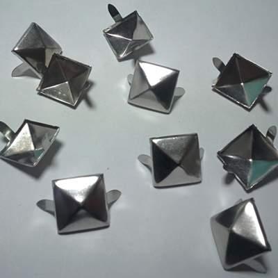 ШИПОВЕ 4 х 15 Silver-50 бр